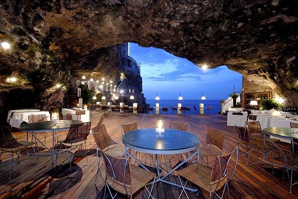 Berbagai Restoran Paling Romantis di Sekitar Italia