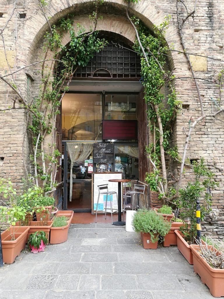 Mencicipi Hidangan Restoran Terpopuler di Siena